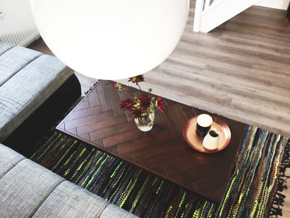 Interieur: Neuer Couchtisch von Westwing, Westwing, Coffeetable, Couchtisch, Interior, Interieur, Möbel, Home, Zu Hause, Leben, Libingromm, Wohnzimmer, Holz, Metall,