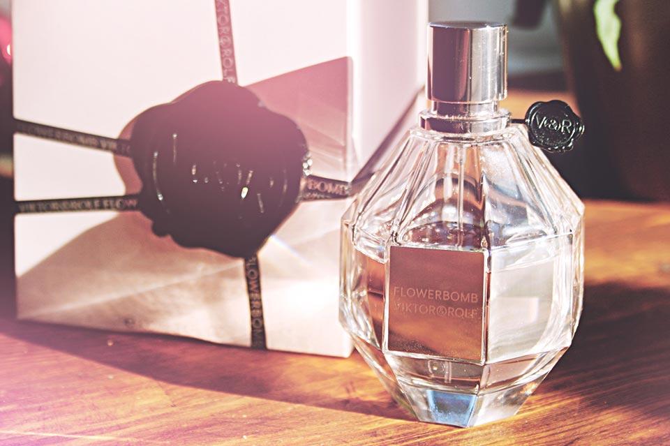 Flowerbomb, Viktor&Rolf, Parfüm, Beauty, Review, Duftexplosion, Blumen, Duftnoten, Kosmetik, Beautyprodukt, Perfume