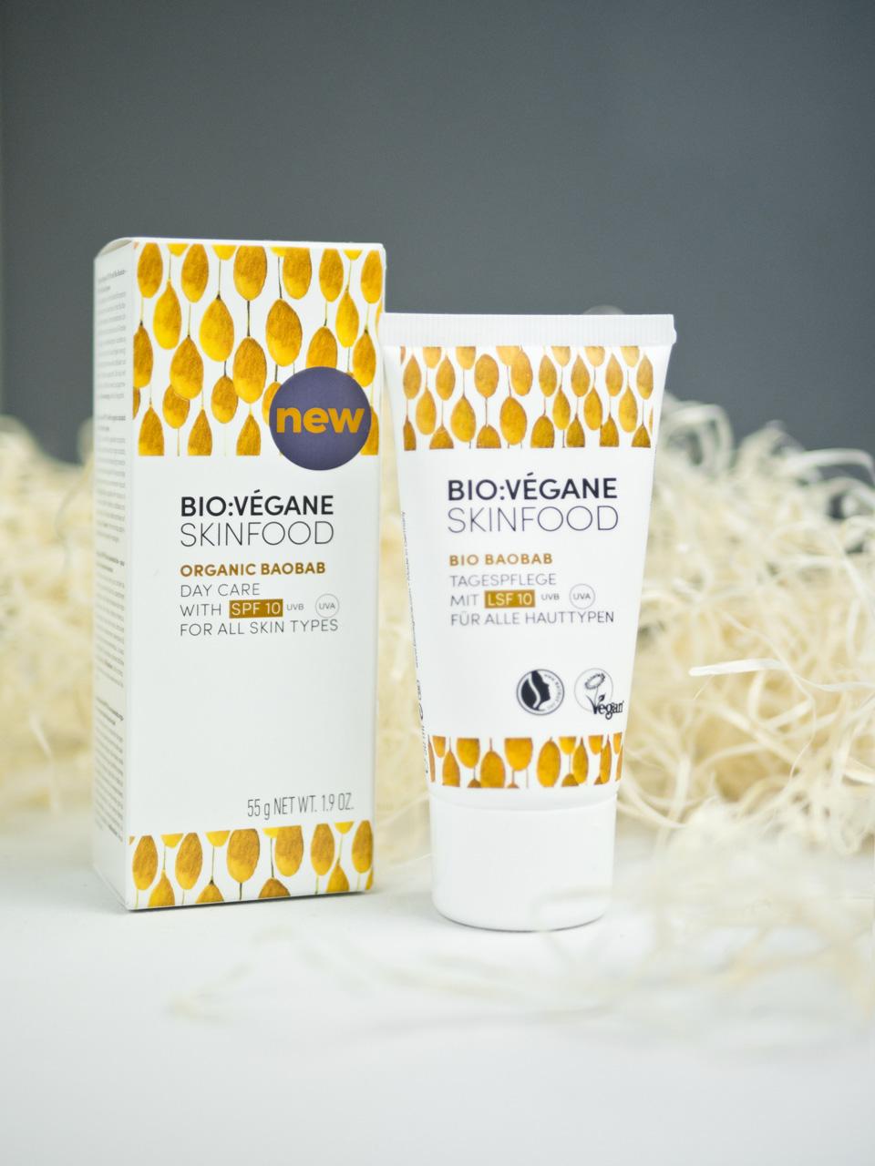 Bio:Végane Skinfood, Produkttest Bio Vegane Skinfood, Grüntee Pflegeserie, Gesichtspflege für sensible Haut, sensible Haut, trockene Haut, Hautpflege, Gesichtspflegeroutine, Reinigung, Pickeltupfer, Tagescreme, Gesicht, Skincare, Hautpflege für sensible Haut, Hautpflege