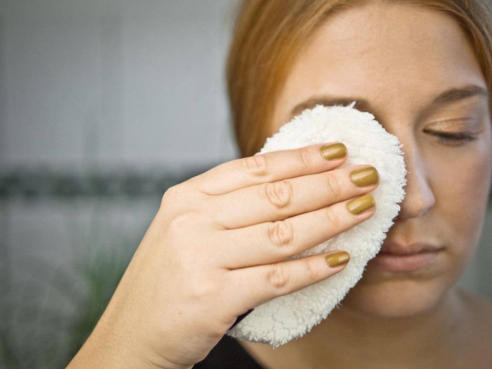 Make-up entfernen leicht gemacht: waschies im Test, waschies im Test, Abschminken, Gesichtspflege, Gesicht, Faceline, Make-up entfernen, Abschminken leicht gemacht