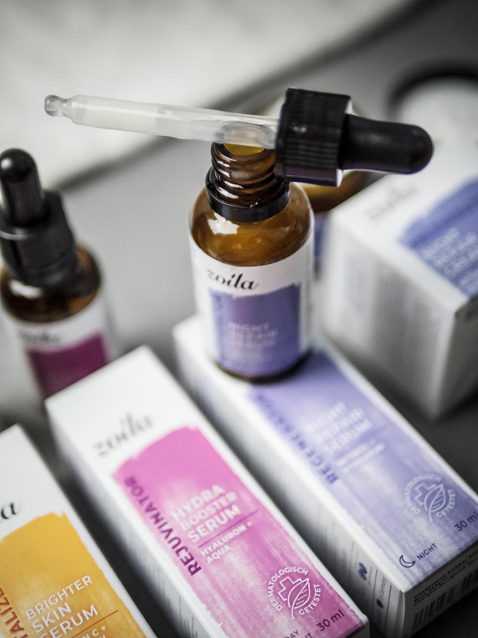 zoila Wirkstoffkosmetik, Wirkstoffkosmetik im Test, Gesichtspflege, Skincare, Pflegeroutine, Pflege, Haut, Gesichtspflege mit Vitamin C, Gesichtspflege mit Retinol, Gesichtspflege mit Hyaluron, Gesichtspflege für alle Hauttypen