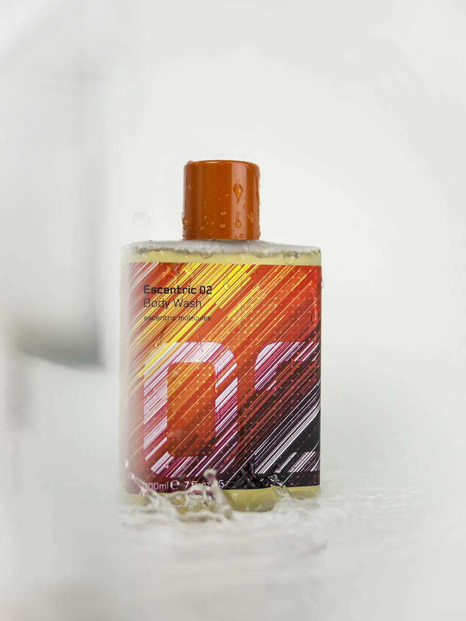 Escentric Molecules Bodywash, Escentric Molecules, Escentric Molecules Bodywash Review, Escentric Molecules 01 bis 04, Parfüm, Duscherlebnis, Dufterlebnis, Geza Schön, Duftkreation, Parfum, Parfüm