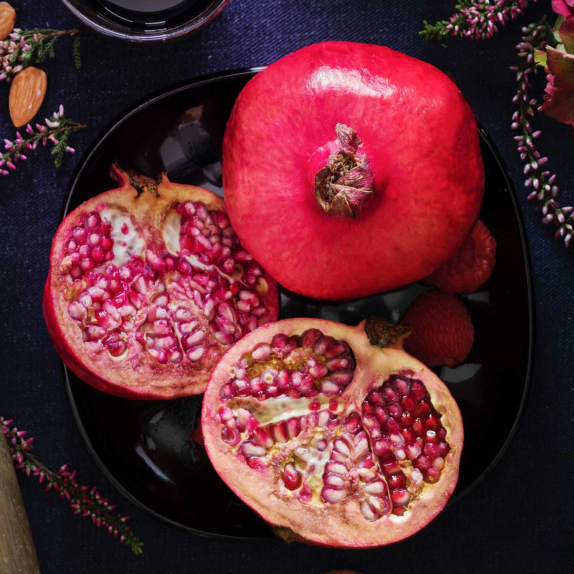 Warum Granatapfel so gesund ist, Granatapfel, Granatapfel gesund, Wirkung Granatapfel, Alleskönner Granatapfel, natürliches Anti-Aging,