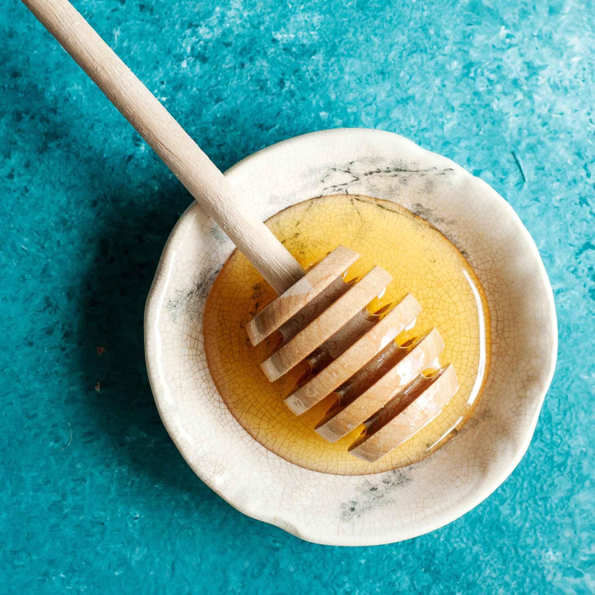 Honig ist gesund, Wirkung von Honig, Vorteile von Honig, Wundermittel Honig, flüssiges Gold Honig, Wohlbefinden,