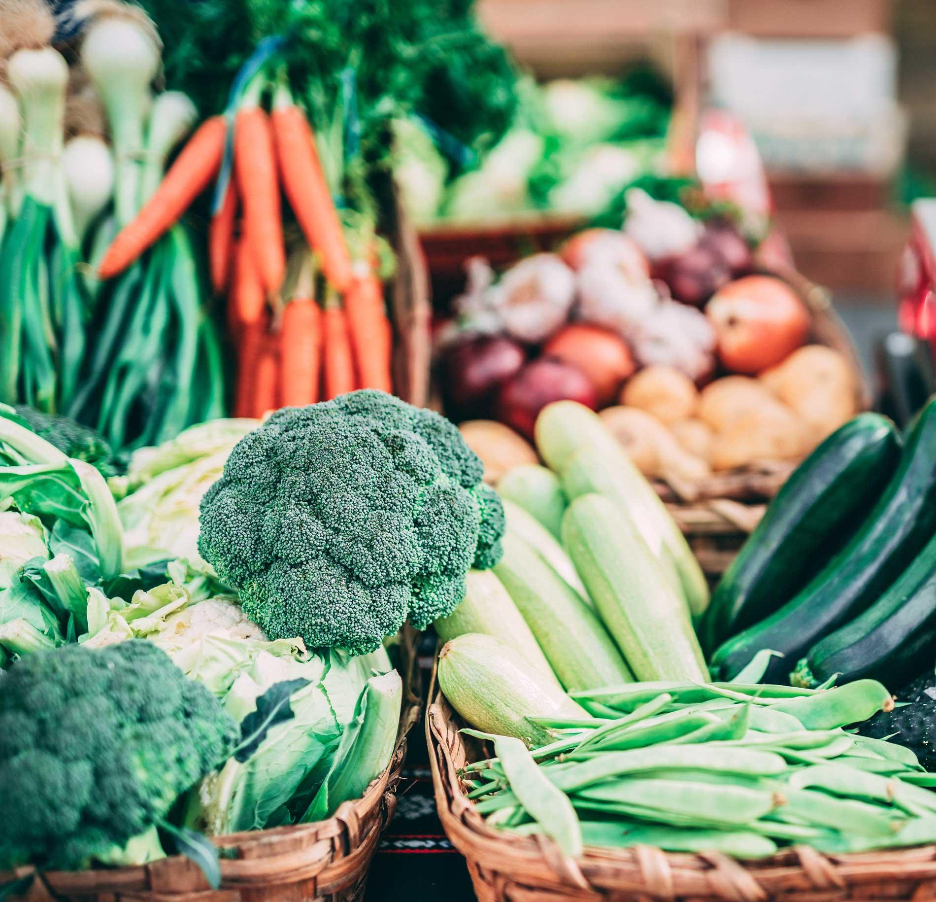 Saisonkalender, die schönsten Saisonkalender, Saisonkalender shoppen, Gemüse-Saisonkalender, Obst-Saisonkalnder, bewusst leben mit Saisonkalender, ElisaZunder Blogazine