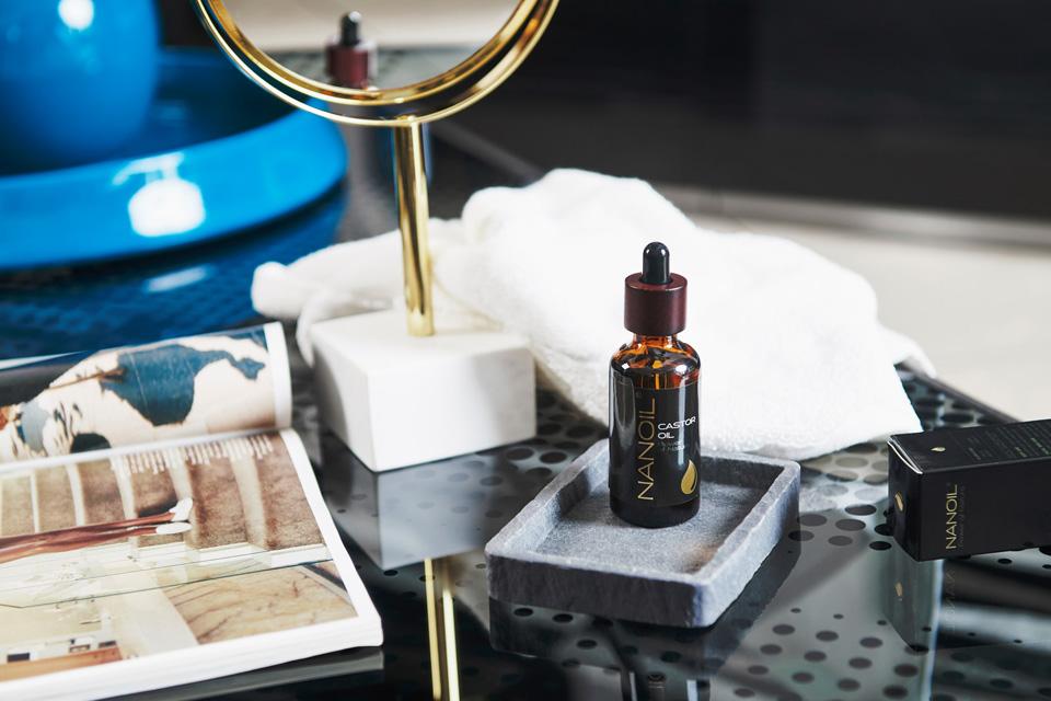 Rizinusöl von NANOIL, Rizinusöl Hautpflege, Rizinusöl Haarpflege, Wimpernpflege