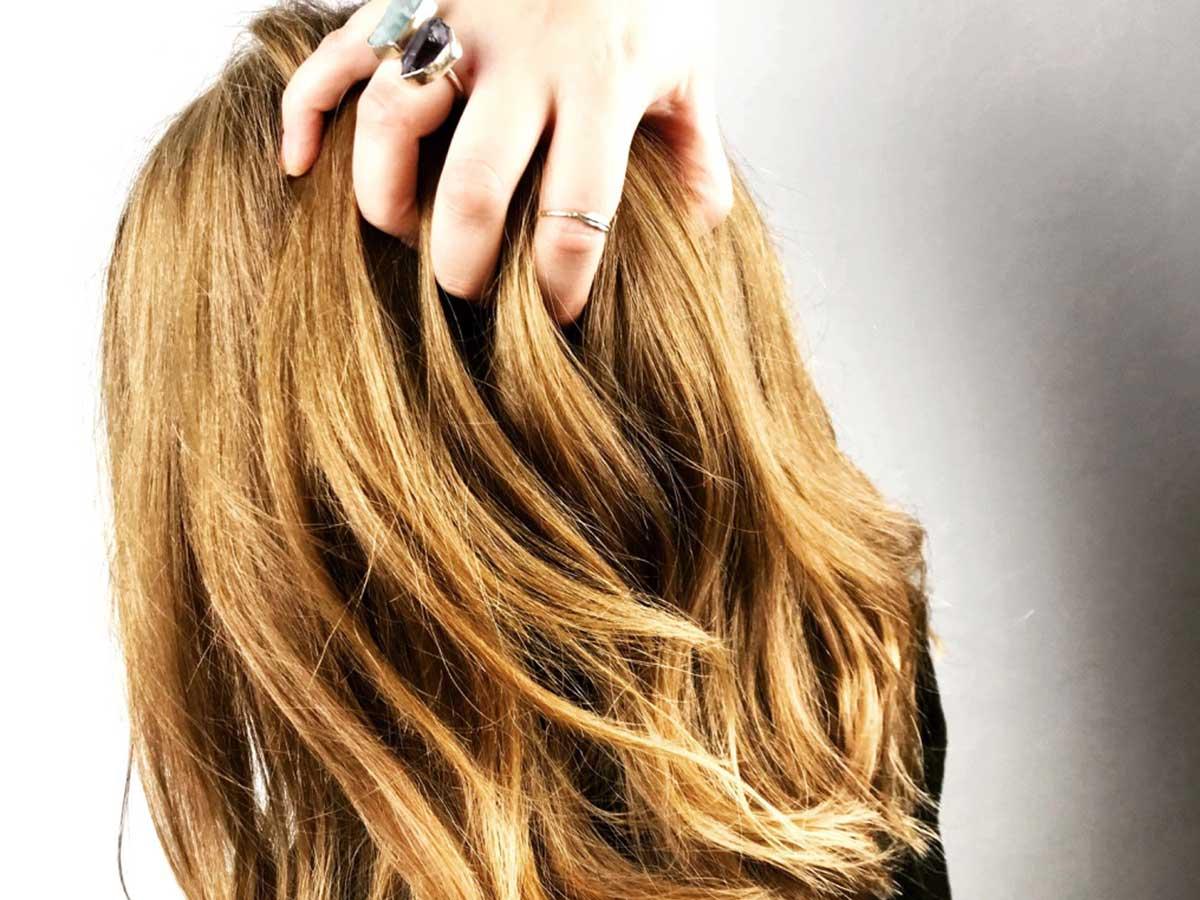 Haarparfum-Haarduft-Anwendung-Wirkung-Haarpflege-Beauty-Blog-ElisaZunder-03-small